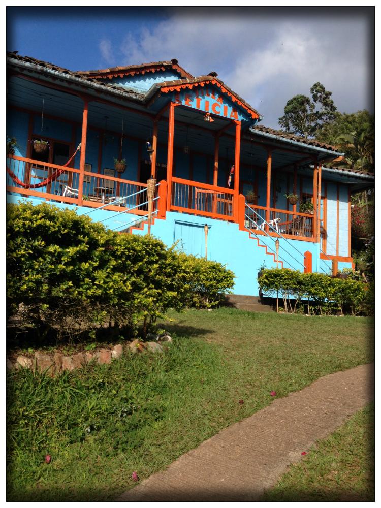 Villa-leticia-la-cumbre-valle-del-cauca-turismo-colombia-mariposa-fashion-blog